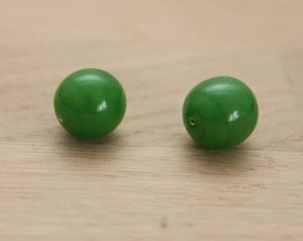 glass balls 2 hole 12 mm / Green 37