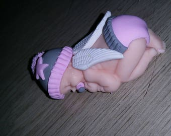 Baby alone with wings nipple Hat