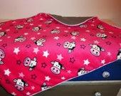 Couverture / plaid pour bébé rose et gris motifs vaches