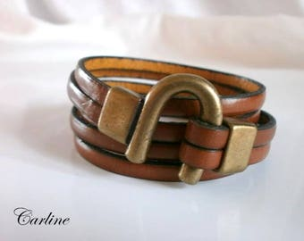 U clasp brown leather strap old gold