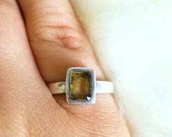 Unique Topaz and Silver Ring