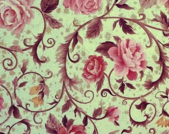Coupon 65 x 110 cm, garlands of roses, green, fabri-quilt fabric