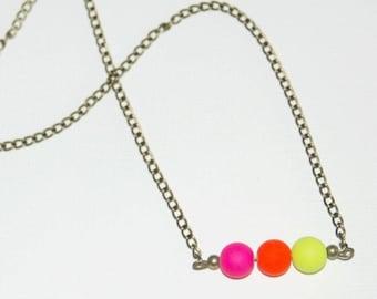 Stick beads trio colors. fluorescent