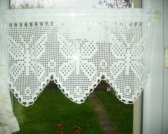 Breeze bise white crocheted Butterfly pattern