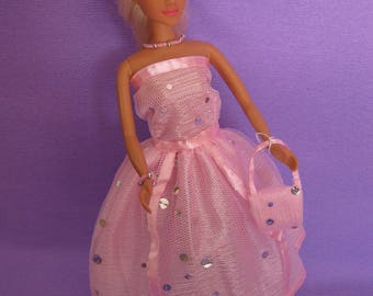 Lined with a tulle pink dress has silver sequins (B184)