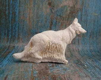 to decorate plaster German Shepherd Dog