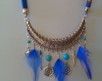 Ethnic necklace half moon and blue feathers