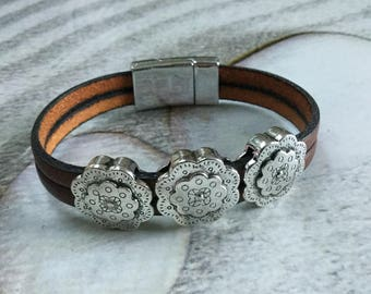Brown leather with three passes ethnic leather bracelet