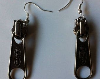 Zips Eastpak by BAGART pierced earrings