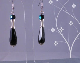 Spiral and drop earrings with black glass