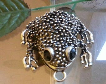Tibetan style alloy pendant, with resin, frog, antique, black, silver 55 x 52 x 17 mm, hole: 5 mm