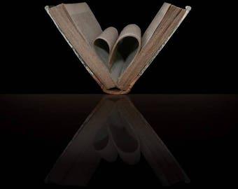 Fine art photography - heart of book: 30 x 20 cm