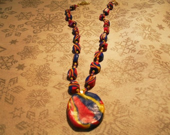 trendy, original, colorful pendant necklace (pink, Blue Navy and yellow)