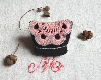 Small pouch, wallet, card holder in black, pink and silver hook