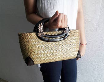 Straw Bag, Handbag Thai Weaving Seagrass, Wood Carving Handles