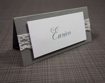 Place cards with tip