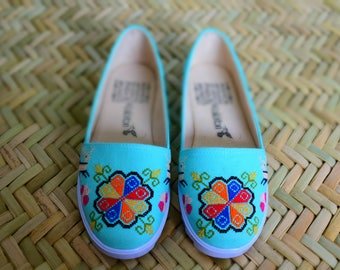 women handmade shoes