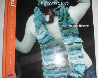 """Book """"knitting scarves and accessories"""" the new edition"""