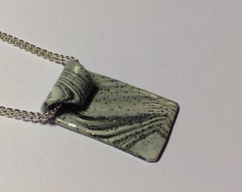 chain, plated marble pendant necklace