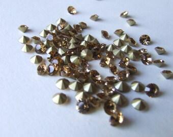X 25 SWAROVSKI 4mm champagne colored glass and metal rhinestones
