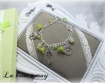 Alice Wonderland green and silver bracelet