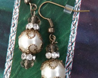 Oldfashioned Pearl Earrings