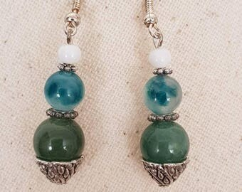 Natural white jade bead silver plated hook earrings - Pearl green natural agate and white-green aventurine bead