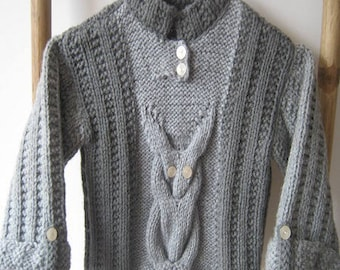 Child sweater with cabled OWL