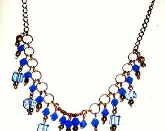 Necklace in different shades of blue for all ages.