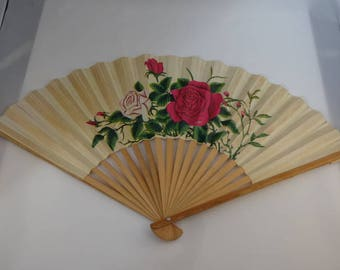 Vintage CHINESE ORIENTAL ROSE Design Paper & Wood Hand Fan