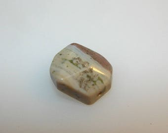 Jasper rolled irregularly faceted 20 mm by 16 mm. Semi precious L