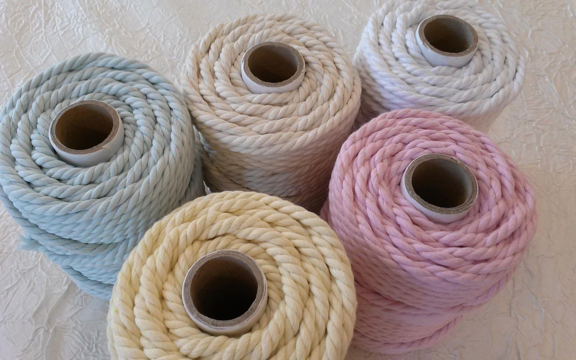 corde macram lot 5 bobines de corde macram en coton 100. Black Bedroom Furniture Sets. Home Design Ideas