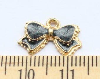 4 Black Bow Pendant Charms