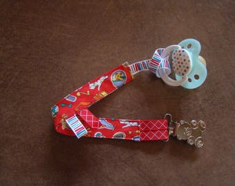 """Little bear"" pacifier on holiday (red)"