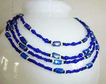 Necklace * night of the Sea * Blue beads