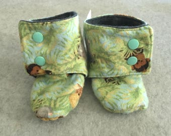 Jungle Baby Stay-On Baby Booties