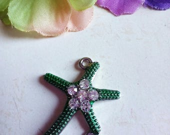 1 charm/connector shape green Starfish in antique silver