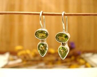 Earrings in silver and Peridot.