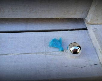 "Pregnancy's Bola ""It's the Pompom!"" turquoise blue"