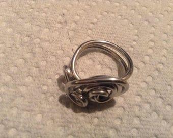 Fidget 13 Rosette Ring