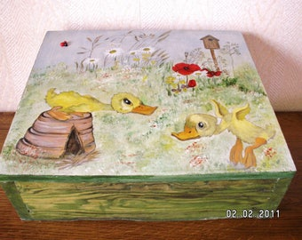 Wooden box handpainted decor country ducklings in the garden