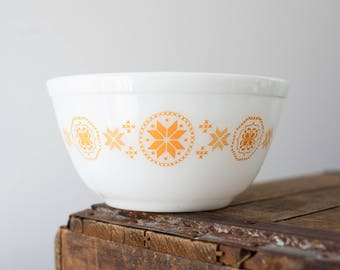 Vintage Pyrex 402 Town & Country
