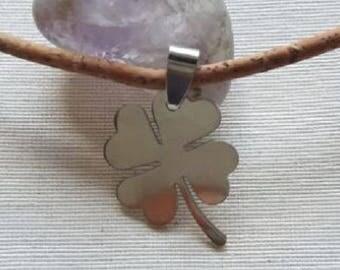 Cork, clover pendant necklace