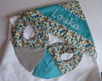 Birth gift, two bibs with hooded towel set