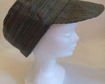 Reversible hat gray