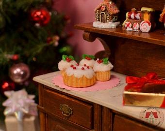 Miniature Christmas Cake Set - Coconut, Miniature Coconut Cupcakes and Bundt Cake for Christmas, 1:12 Scale Dollhouse Desserts