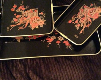 Black lacquer nesting trays