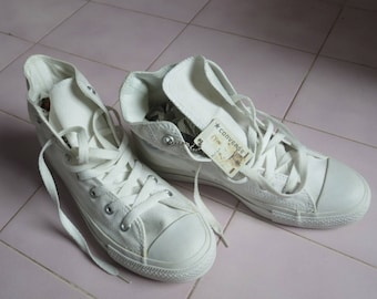 2069: new white sneakers Converse mpc28 TM