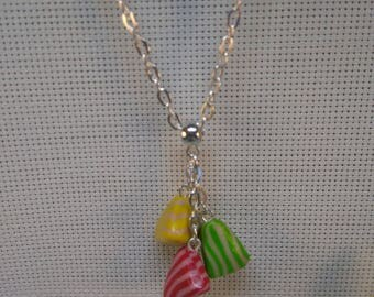 §10§ 3 stuffed polymer for this pretty pendant necklace