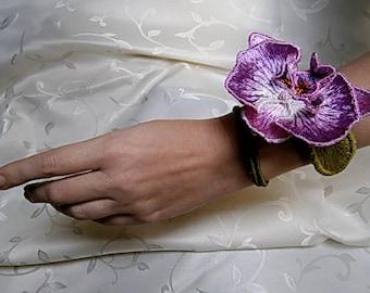 """BRACELET """"ORCHID"""", Wrist-bracelet, Hand-embroidered bracelet, Bracelet made of silk threads"""